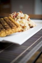 Grillezett Saganaki sajt száritott paradicsomos gnocchival